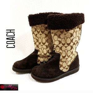 COACH Signature Kelly Flat Winter Boots